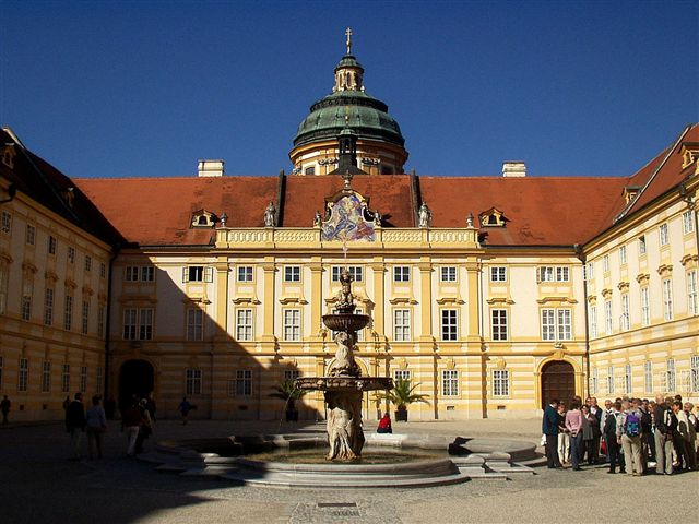 Melk Abbey  メルク修道院 メルク修道院 メルク修道院  メルク オーストリア 写真画